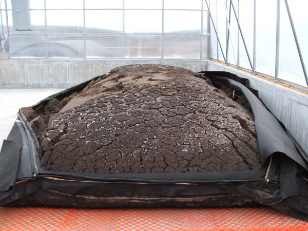 Dewatered material can achieve up to 40% solids content and is more like soil than sludge.