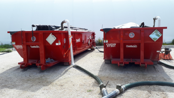 Mobile dewatering system